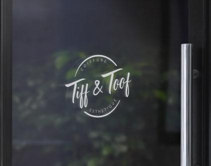 Création d'un logo pour une coiffeuse & esthéticienne à domicile